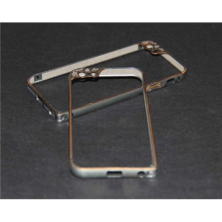 iPhone 5/5S бампер на торцы металлический, серебристый с рамкой на камеру